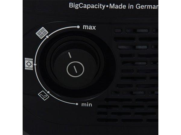 Пылесос с контейнером для пыли Bosch BGN 21800