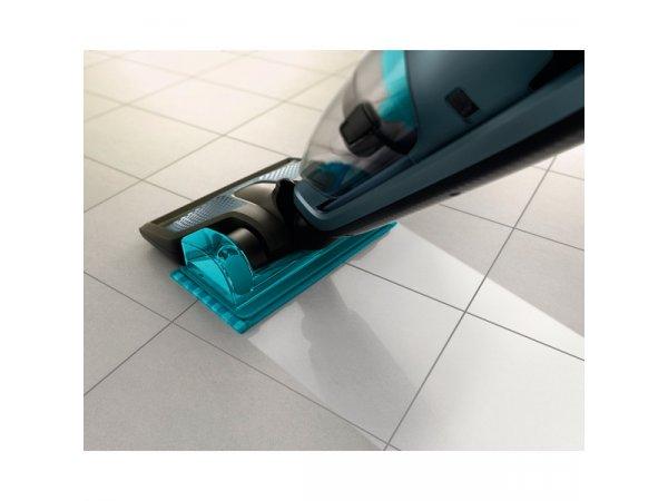 Вертикальный пылесос Philips FC6408/01 PowerPro Aqua